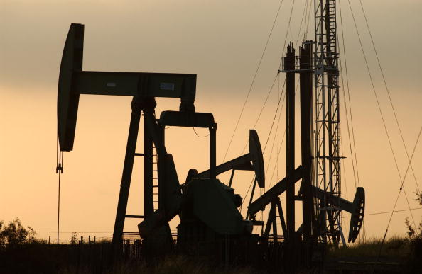 Natural Gas「Erin Brockovich Alledges Urban Oil Cancer Danger」:写真・画像(5)[壁紙.com]