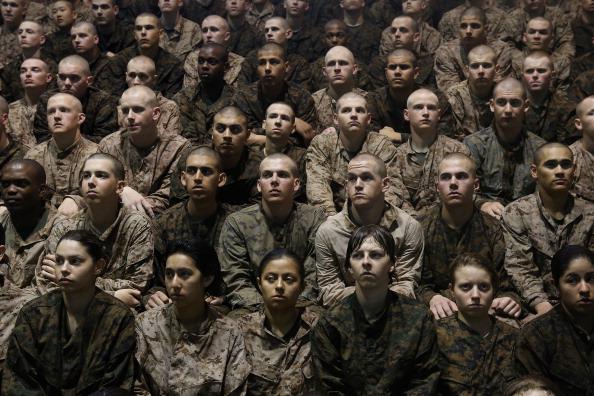 Infantry「Women Attend Marine Boot Camp At Parris Island, South Carolina」:写真・画像(15)[壁紙.com]