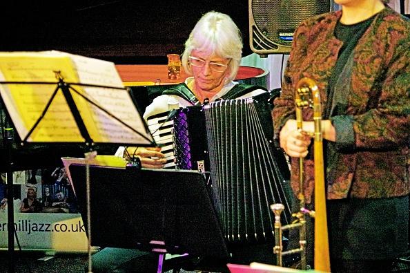 Accordion - Instrument「Karen Street」:写真・画像(13)[壁紙.com]