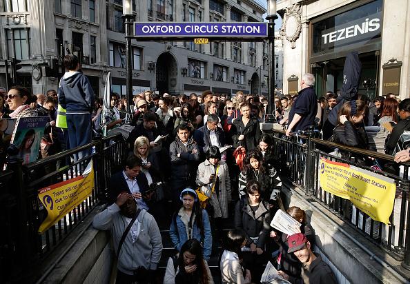 Station「London Underground 48-hour Tube Strike Affects Rush Hour」:写真・画像(11)[壁紙.com]