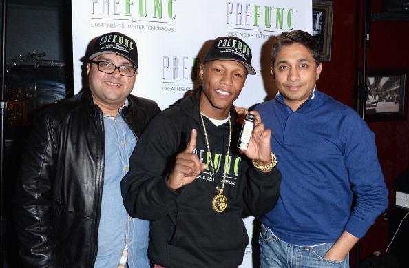 Zab Judah「Brownie Brittle and Prefunc Present NFL Playoff Party at Rock & Reilly's - 2014 Park City」:写真・画像(13)[壁紙.com]