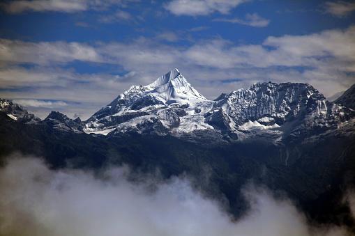 Ama Dablam「Nepal Himalayas」:スマホ壁紙(3)