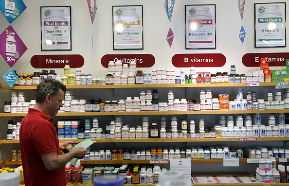 Drug「Vitamin Sales Go Up As Consumers Struggle With Cost Of Health Care」:写真・画像(13)[壁紙.com]