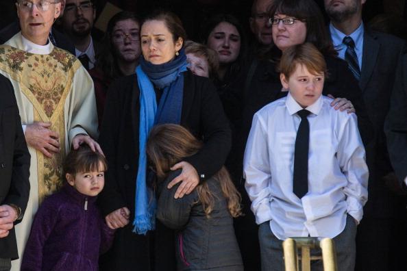 Drug Overdose「Philip Seymour Hoffman's Funeral Service」:写真・画像(11)[壁紙.com]
