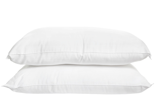 Side View「Two pillows on white background」:スマホ壁紙(7)