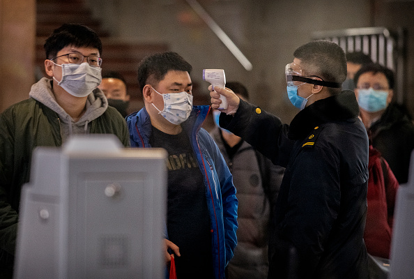 Wuhan「Concern In China As Mystery Virus Spreads」:写真・画像(5)[壁紙.com]