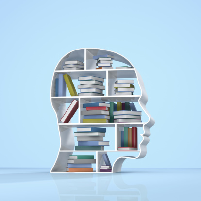 Expertise「Head with a bookshelf and stacked books」:スマホ壁紙(14)