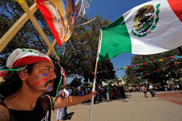 Celebration Event「Angelenos Celebrate Cinco De Mayo」:写真・画像(19)[壁紙.com]