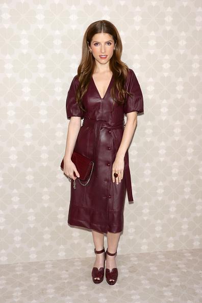 アナ・ケンドリック「Kate Spade New York - Arrivals - September 2019 - New York Fashion Week」:写真・画像(3)[壁紙.com]
