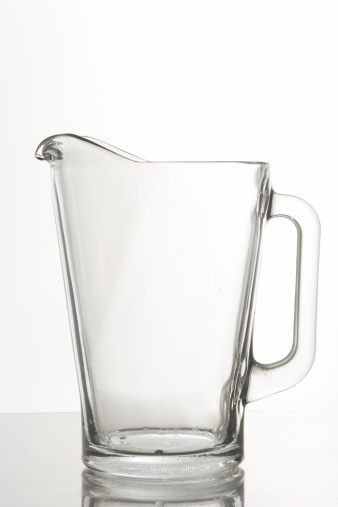 Jug「glass pitcher」:スマホ壁紙(1)