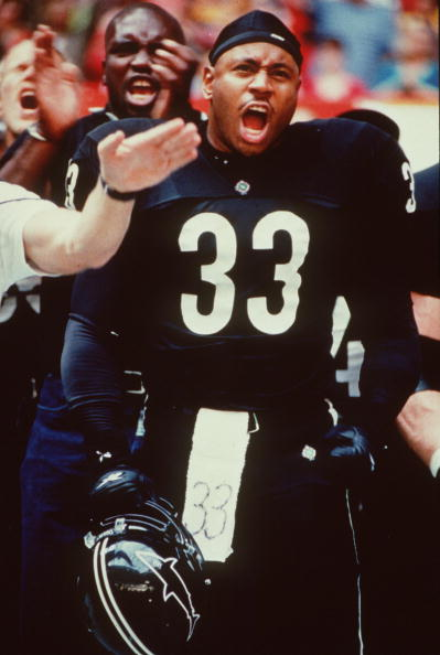 Cool Attitude「Ll Cool J Stars In The Movie Any Given Sunday Photo Warner Bros Pictures」:写真・画像(2)[壁紙.com]