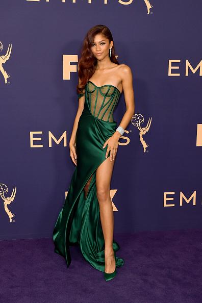Green Color「71st Emmy Awards - Arrivals」:写真・画像(9)[壁紙.com]