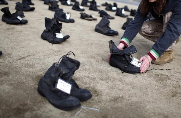 "Scott Olson「""Eyes Wide Open"" Exhibit Highlights Human Cost Of War」:写真・画像(2)[壁紙.com]"