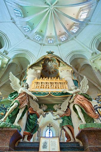 Singer「Pontigny Abbey, Bourgogne (Burgundy), France, Europe」:スマホ壁紙(6)