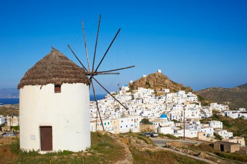 Mill「Greece, Cyclades, Ios, the windmills at Chora town」:スマホ壁紙(7)