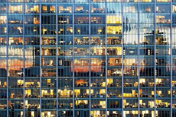 Modern「Lights on in office block, Britannia Tower, City of London」:写真・画像(3)[壁紙.com]