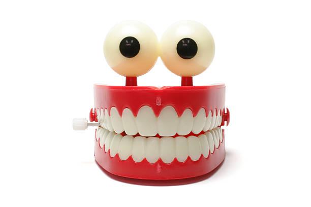 Chattering Teeth:スマホ壁紙(壁紙.com)