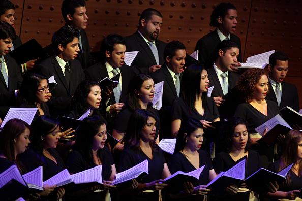 Hiroyuki Ito「Simon Bolivar Choir」:写真・画像(11)[壁紙.com]