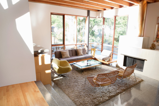 Selective Focus「A modern living space with a lot of windows」:スマホ壁紙(2)