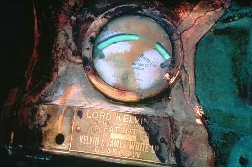 1980-1989「Electric Meter from Titanic Shipwreck」:スマホ壁紙(0)