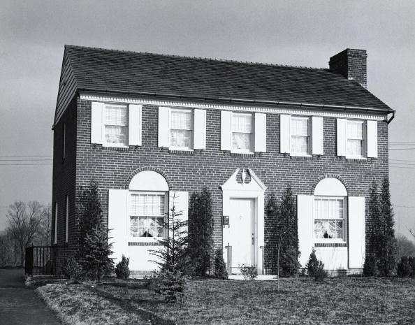 Effort「Suburban house」:写真・画像(1)[壁紙.com]