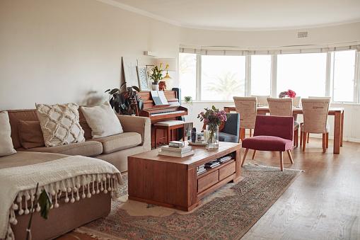 Studio Apartment「Decor that puts the living into living room」:スマホ壁紙(6)