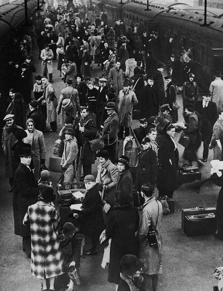 Railroad Station「Leaving London」:写真・画像(9)[壁紙.com]