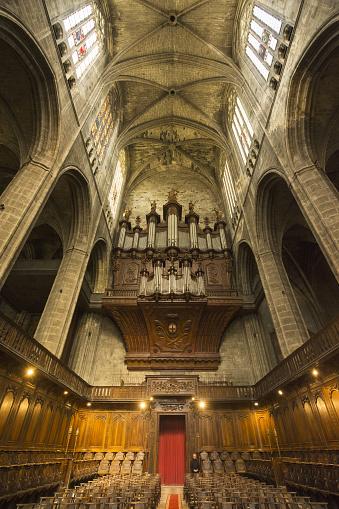 Singer「Narbonne Cathedral, choir」:スマホ壁紙(4)