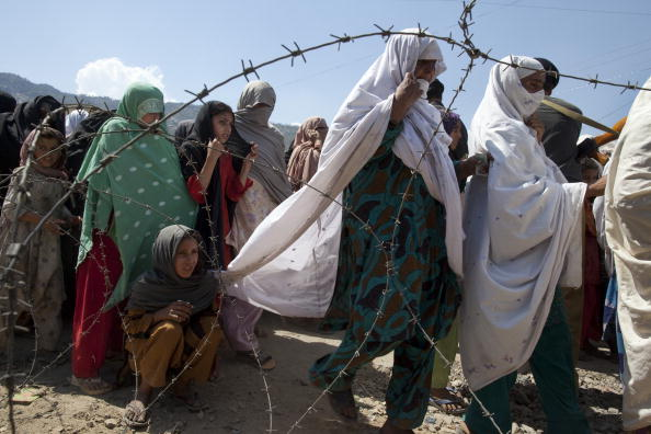 Paula Bronstein「Pakistan Displaced Slowly  Return To Buner」:写真・画像(18)[壁紙.com]