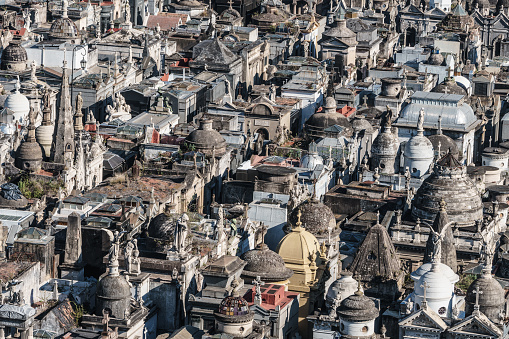Buenos Aires「Detail of vaults in La Recoleta Cemetery, considered one of the most beautiful in the world, lies right in the heart of the city, Buenos Aires, Argentina」:スマホ壁紙(6)