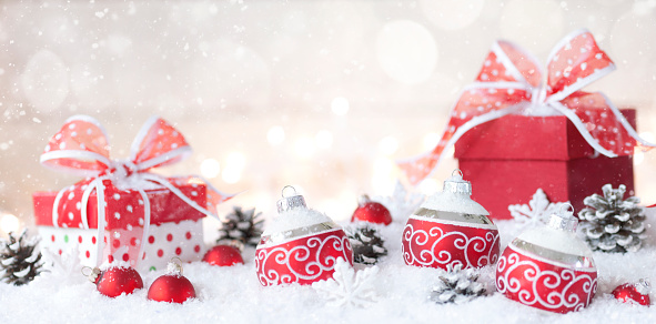 Christmas Lights「Christmas holiday whimsical baubles and gifts on a festive wintery background」:スマホ壁紙(15)