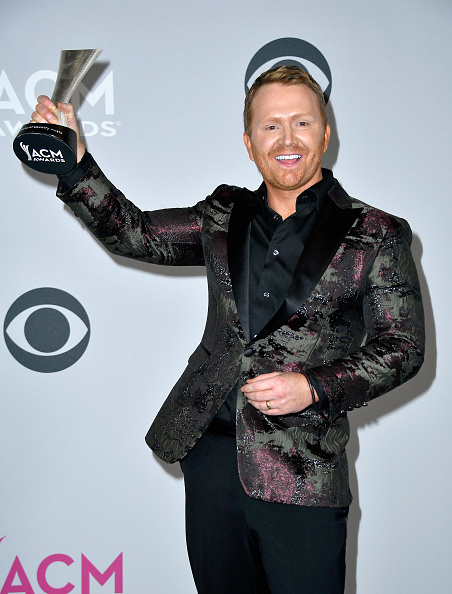 Frazer Harrison「52nd Academy Of Country Music Awards - Press Room」:写真・画像(14)[壁紙.com]