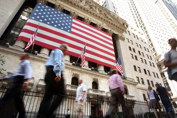 Crisis「Wall Street Reels As Major Financial Companies Face Crisis」:写真・画像(4)[壁紙.com]
