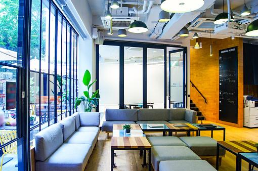 New Business「Coworking space in Hong Kong」:スマホ壁紙(3)