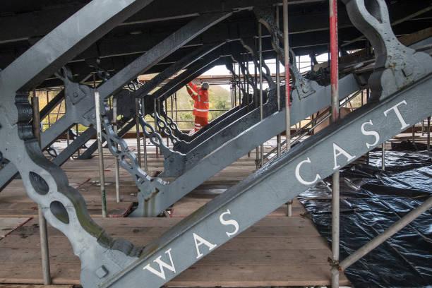 Matt Cardy「Renovations Start On The Severn Iron Bridge」:写真・画像(5)[壁紙.com]
