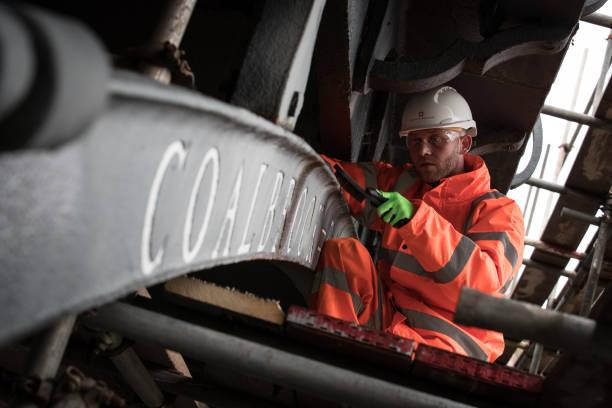 Matt Cardy「Renovations Start On The Severn Iron Bridge」:写真・画像(4)[壁紙.com]