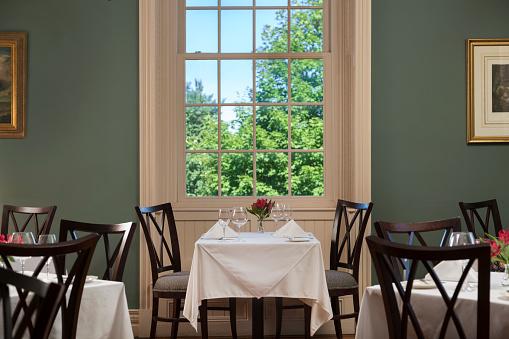 Tablecloth「Restaurant Dining Room」:スマホ壁紙(6)