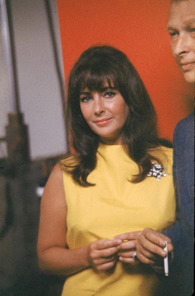 Yellow「Elizabeth Taylor At Studio」:写真・画像(1)[壁紙.com]