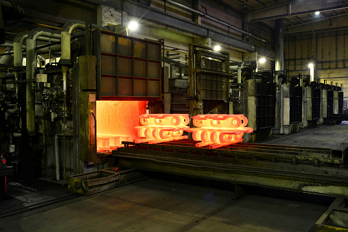 Mill「Cast iron in annealing oven in a foundry」:スマホ壁紙(9)