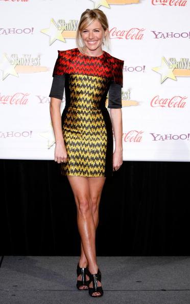 Best supporting actress prize「ShoWest 2009 Awards Ceremony - Arrivals」:写真・画像(1)[壁紙.com]