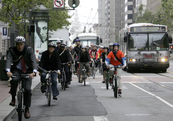 Working「Bay Area Takes Part In 12th Annual Bike To Work Day」:写真・画像(16)[壁紙.com]