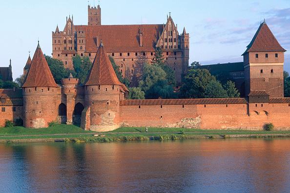 2002「Marienbourg Castle, Poland.」:写真・画像(16)[壁紙.com]
