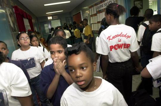Borough - District Type「Bronx School Stands Out」:写真・画像(17)[壁紙.com]