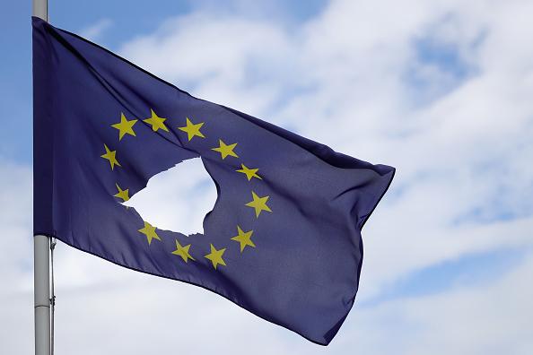 Hole「Britain Reacts To The EU Referendum Result」:写真・画像(9)[壁紙.com]