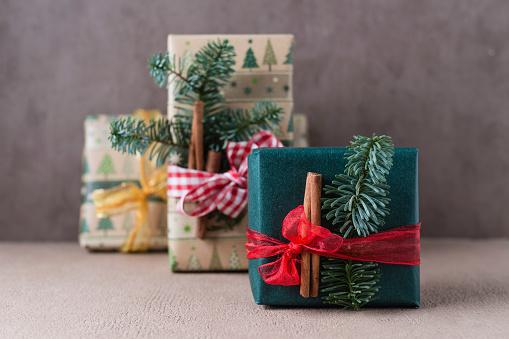 Christmas Paper「Christmas presents」:スマホ壁紙(19)