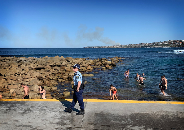 Sydney「Police Close Some Sydney Beaches After People Flout Social Distancing Rules」:写真・画像(1)[壁紙.com]