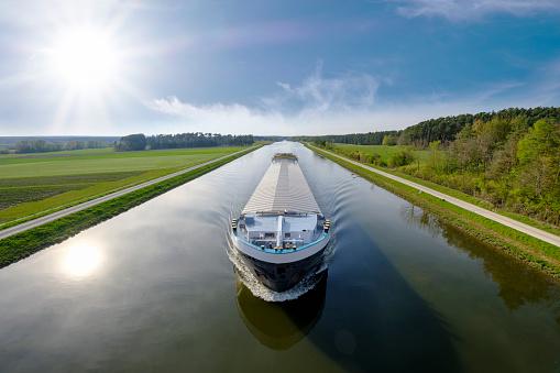 Canal「Germany, Central Franconia, Cargo ship on Rhine Main Danube Canal」:スマホ壁紙(6)