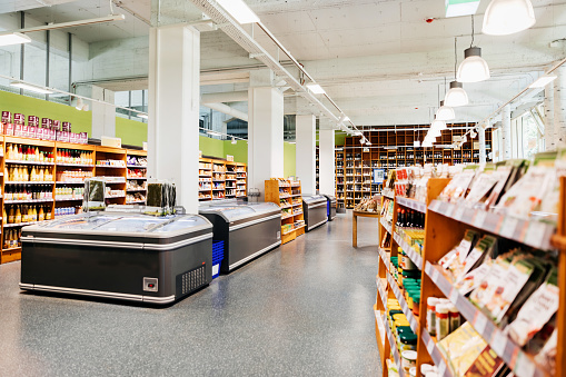 Groceries「Local Organic Supermarket With Aisles And Freezers」:スマホ壁紙(16)