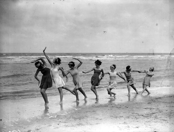 1920-1929「Dance Troupe」:写真・画像(8)[壁紙.com]