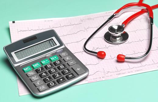 Medical Insurance「Cost of medical insurance」:スマホ壁紙(18)